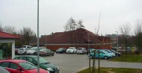 parkplatzbeleuchtung-einer-arztpraxis-mit-apotheke-in-eimbeckhausen